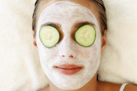 Огурец – овощ месяца: полезные свойства, рецепты и маски!